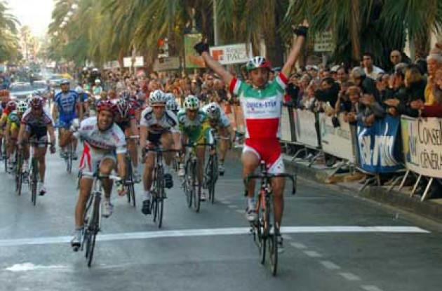 Bettini takes the stage win!