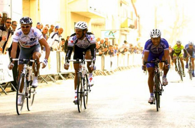 Cooke beats Cipollini and Clerc.