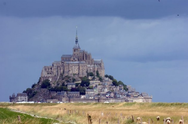The rocky tidal island Mont Saint-Michel in Normandy. Photo Fotoreporter Sirotti.