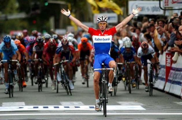 Erik Dekker takes the win after a long day in the saddle. Photo copyright Fotoreporter Sirotti.