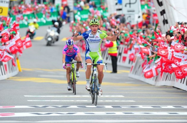 Peter Sagan sprints to win for Team Liquigas-Cannondale. Photo copyright Fotoreporter Sirotti.