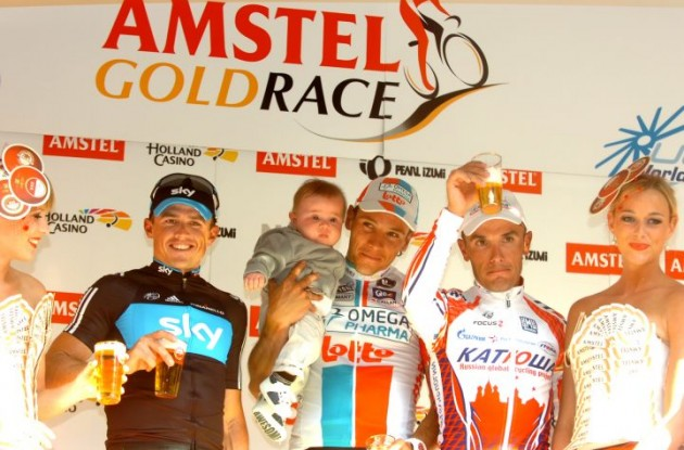 Gilbert, Gerrans and Rodriguez on the podium. Photo Fotoreporter Sirotti.