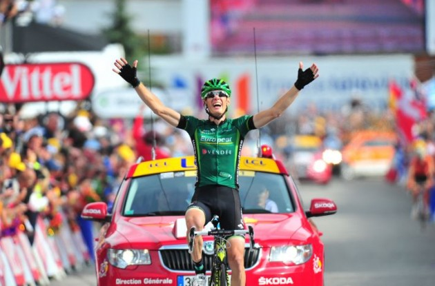 Pierre Rolland wins stage 19 of the 2011 Tour de France for Team Europcar. Photo Fotoreporter Sirotti.