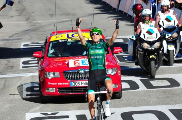 Pierre Rolland climbs to victory in stage 11 of the 2012 Tour de France. Photo Fotoreporter Sirotti.