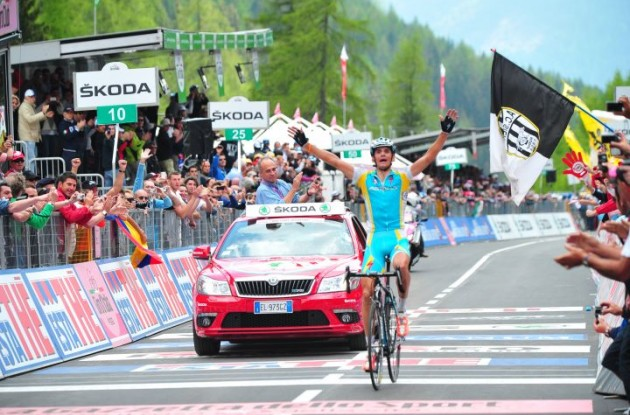 Roman Kreuziger (Team Liquigas) wins stage two. Photo copyright Fotoreporter Sirotti.