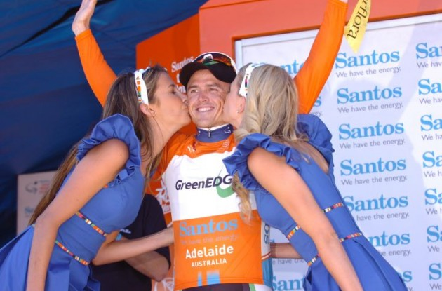 Team   GreenEdge's Simon Gerrans takes overall lead in 2012 Santos Tour Down Under. Photo Fotoreporter Sirotti.