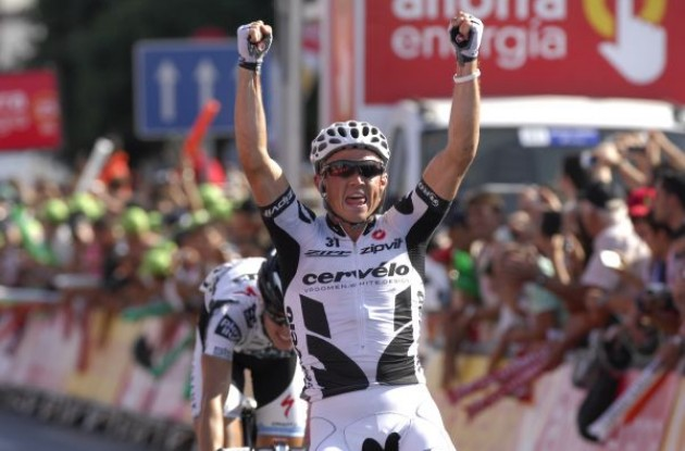 Simon Gerrans (Cervelo TestTeam) takes a great win! Photo copyright Fotoreporter Sirotti.
