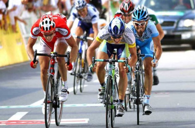 Albasini takes the win ahead of Rast. Photo copyright Fotoreporter Sirotti.
