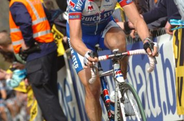 Team QuickStep's Sylvain Chavanel attacks. Photo Fotoreporter Sirotti.