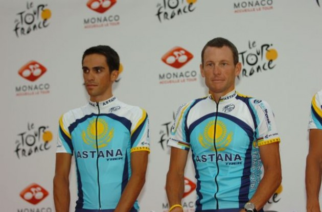 Alberto Contador and Lance Armstrong (Team Astana). Photo copyright Fotoreporter Sirotti.