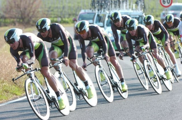 Team GreenEdge on their way to victory in the team time trial of this year's Tirreno-Adriatico. Photo Fotoreporter Sirotti.