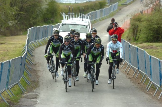 Team GreenEdge training for Liege-Bastogne-Liege 2012. Photo Fotoreporter Sirotti.
