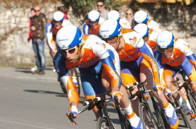 Team Rabobank on their way to victory in stage one of Tirreno-Adriatico 2011. Photo Fotoreporter Sirotti.