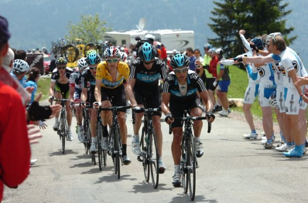 Team Sky Procycling's Bradley Wiggins remains overall 2012 Dauphine Libere leader before tomorrow's final stage. Photo Fotoreporter Sirotti.
