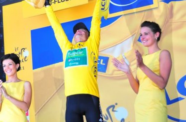 Team Europcar's Thomas Voeckler is the new owner of the yellow leader's jersey. Photo Fotoreporter Sirotti.