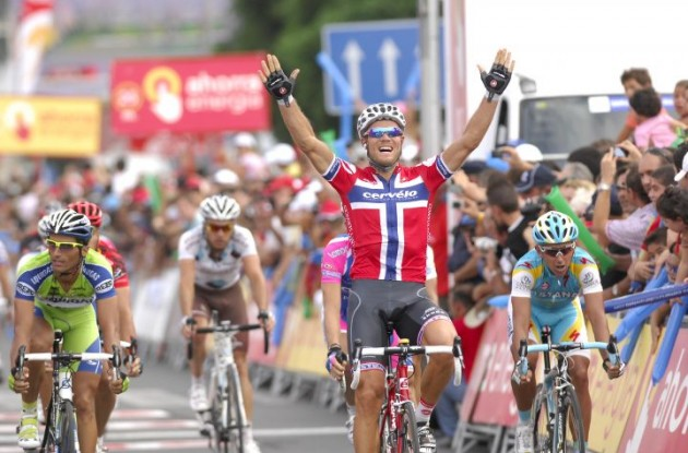 Norwegian God of Thunder Thor Hushovd wins stage 6 of the 2010 Vuelta a Espana for Cervelo TestTeam. Photo copyright Fotoreporter Sirotti.