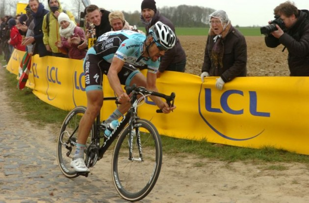 Tom Boonen on his way to victory. Photo Fotoreporter Sirotti.