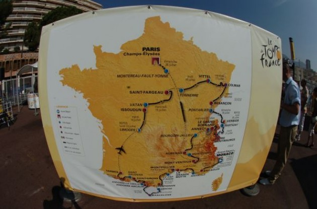 What's in store for the riders in the Tour de France 2009. Photo copyright Fotoreporter Sirotti.