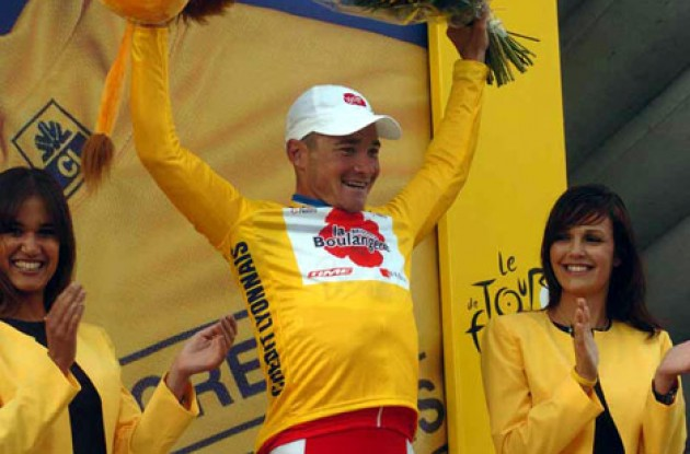 Thomas Voeckler took the overall lead today and will wear the yellow leader's jersey in tomorrow's stage - and probably beyond. Who will prevail tomorrow? Stay tuned to Roadcycling.com to find out! Photo copyright Fotoreporter Sirotti.