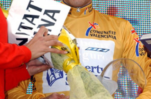 Roberto Heras took the golden leader's jersey today and appeared more happy on the podium than Landis did on Tuesday. Nice to see a smile. Photo copyright Unipublic.
