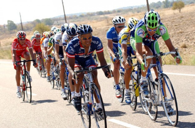 US Postal's Antonio Cruz leads the breakaway group. Photo copyright Unipublic.