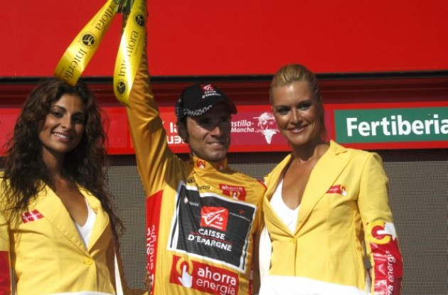 Alejandro Valverde on the podium. Photo copyright Fotoreporter Sirotti.