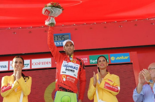 Vincenzo Nibali leads the 2010 Vuelta a Espana overall. Photo copyright Fotoreporter Sirotti.