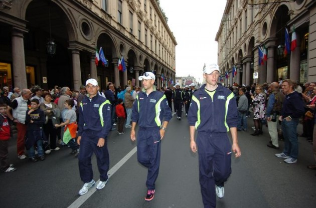 Vincenzo Nibali and his Team Liquigas teammates parade through Torino. Photo Fotoreporter Sirotti.